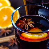 Grzane wino z pomarańczą i anyżem gwieździstym