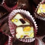 Czekoladki z nadzieniem z białej czekolady ...