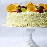 Tort owocowy z bitą śmietaną KAWA I CZEKOLADA
