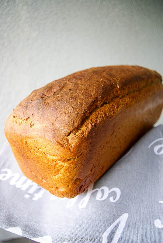 chleb pełnoziarnisty na drożdżach (16)