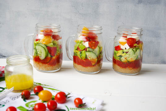 salatka-z-amarantusem-w-sloikach-38