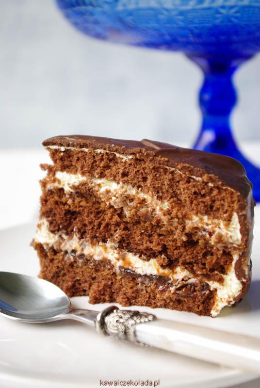 tort-czekoladowy-z-powidlamiii-18